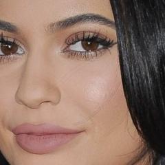 Kylie Jenner Lipstick sur Aliexpress – Le gloss de Kylie pour moins cher