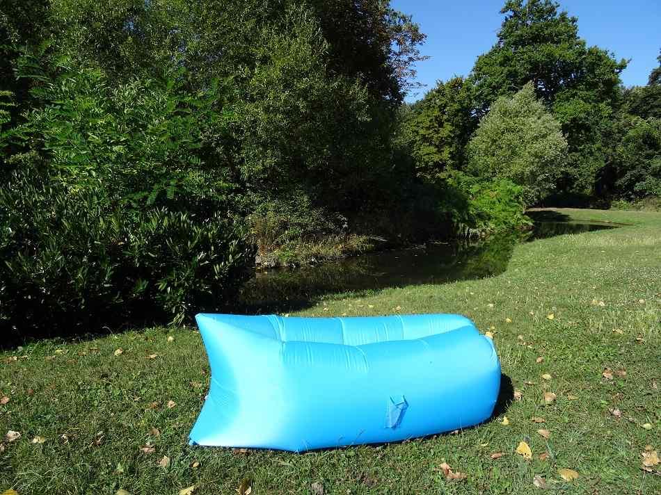 test du hamac gonflable lazybag aussi nomm fatboy iregro lamzac. Black Bedroom Furniture Sets. Home Design Ideas