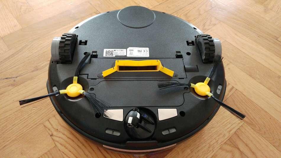 jisiwei-i3-aspirateur-robot-vue-du-dessous bouche aspiration