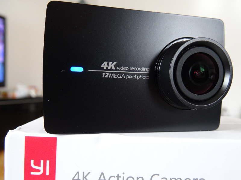 Test Xiaomi Yi Cam 4K - la caméra de face avec LED