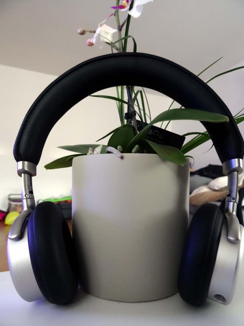 Test casque Meizu HD50 - écouteurs de profil
