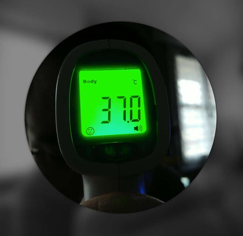 Test du thermomètre Hetaida HTD8808 - temperature corporelle