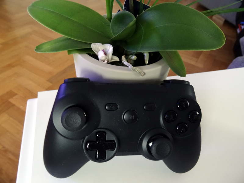 Test manette Xiaomi GamePad - design vue du dessus