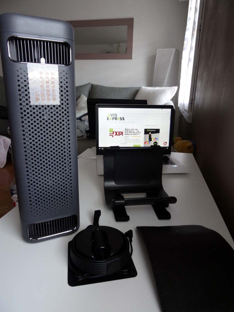 Xiaomi car air cleaner - package complet livré avec le purificateur d'air
