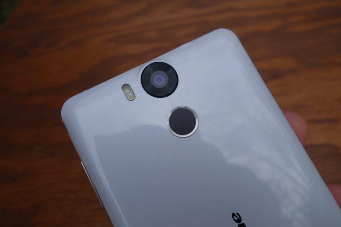 Ulefone power capteur photo et emprunte digitales