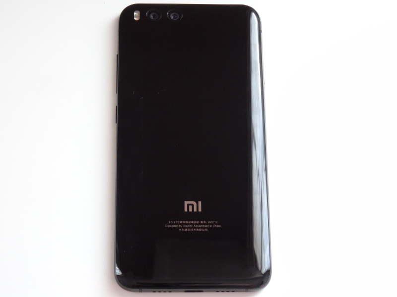 Test Xiaomi Mi 6 - arrière
