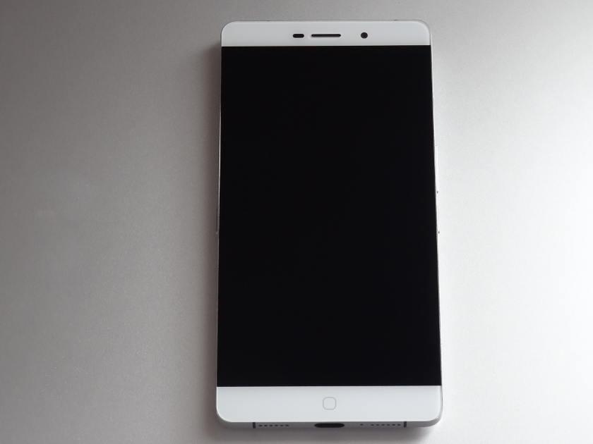 Elephone P9000 - design