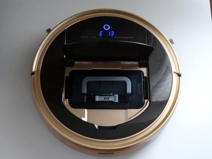 etude Proscenic 790T Aspirateur robot trappe bac à poussiere
