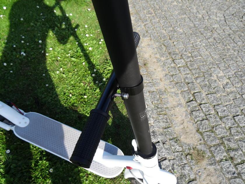 Installer un guidon pour enfant sur trotinnette xiaomi m365 - systeme d'attache
