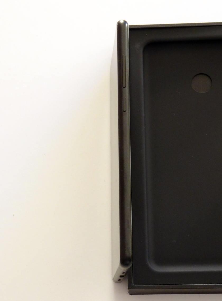 Xiaomi Mi Mix 2 - epaisseur