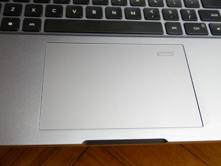 Test Xiaomi Mi Notebook Pro lecteur empreinte digitale et trackpad