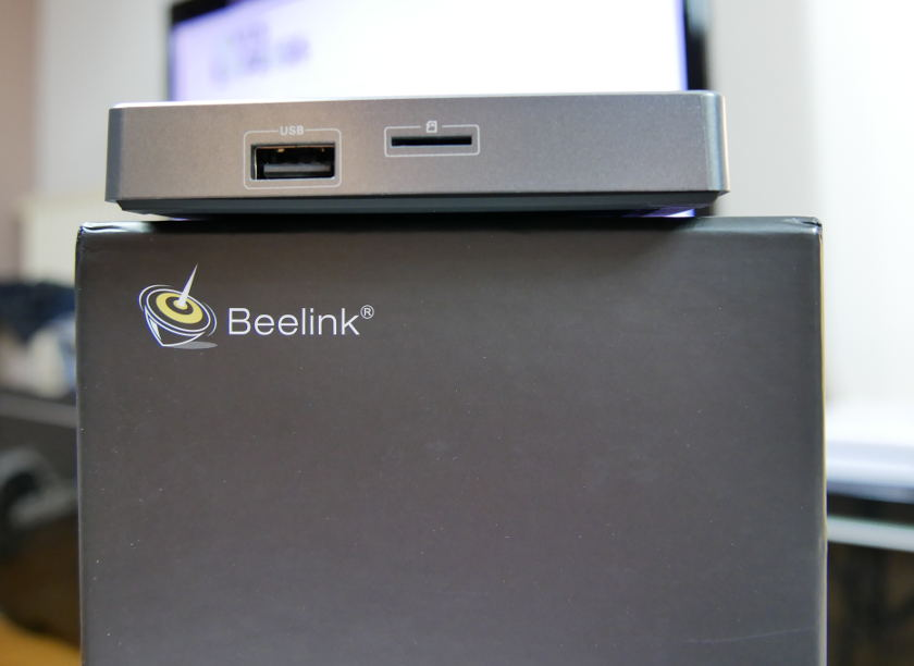 Test Box TV Beelink GT1 Ultimate port usb et micro sd