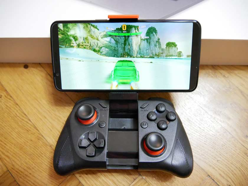 test manette bluetooth mocute 050 jeux video asphalt