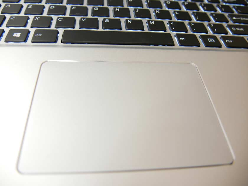 Voyo i7 test trackpad