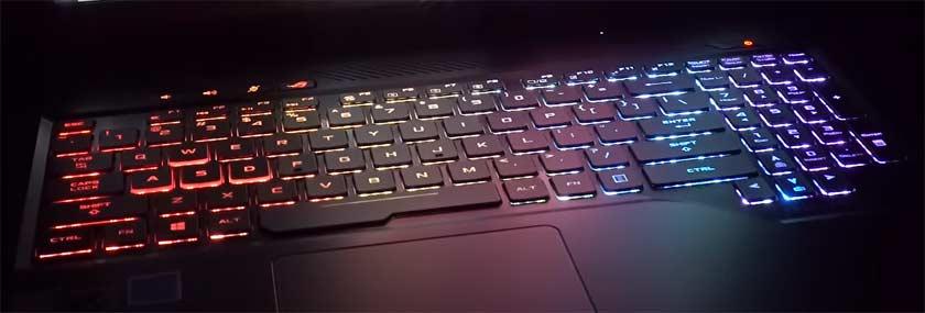 ASUS-ROG-Strix-Hero-GL503 clavier arc en ciel