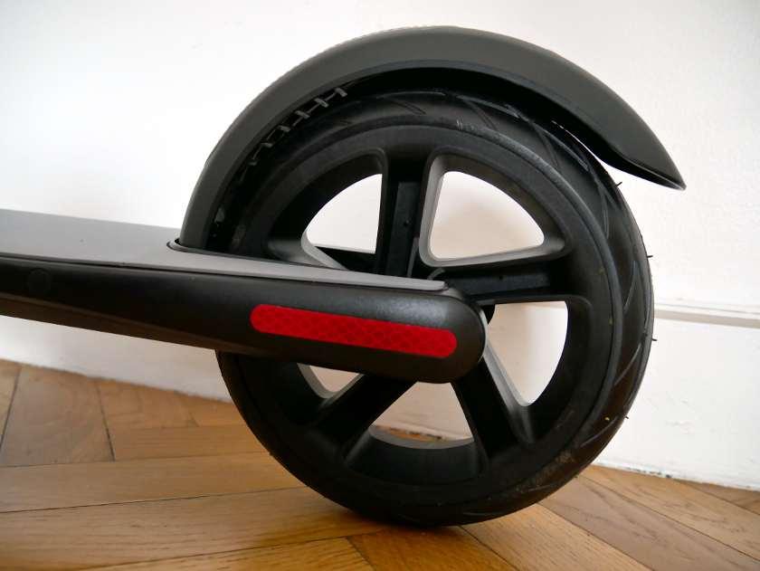 Segway Ninebot ES1 roue arrière et garde boue