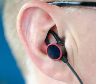oneplus-bullets-dans oreille